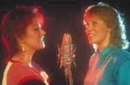 The Swedish population loved Frida and Agnetha and made huge hits of all their post-ABBA solo albums .
