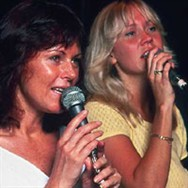 Frida and Agnetha during the 1979 tour rehearsals.